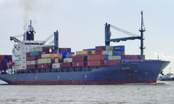 Geared Container Ships