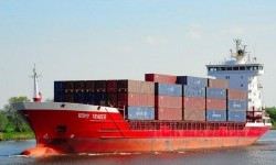 Gearless Container Ships